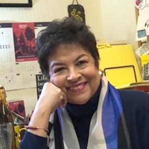 Dra. Julia Palacios